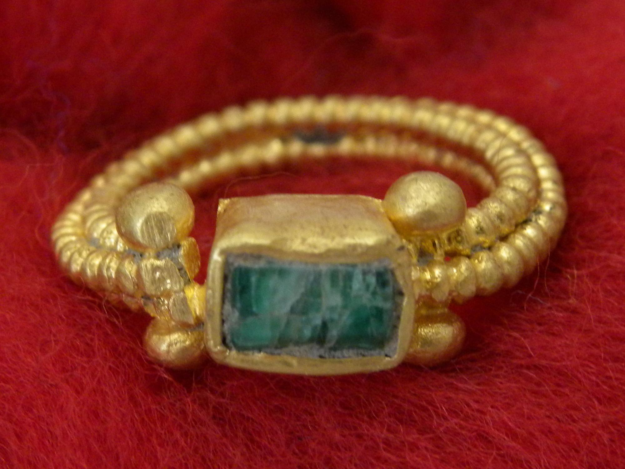 Ptuj, najden prstan iz rimskega obdobja