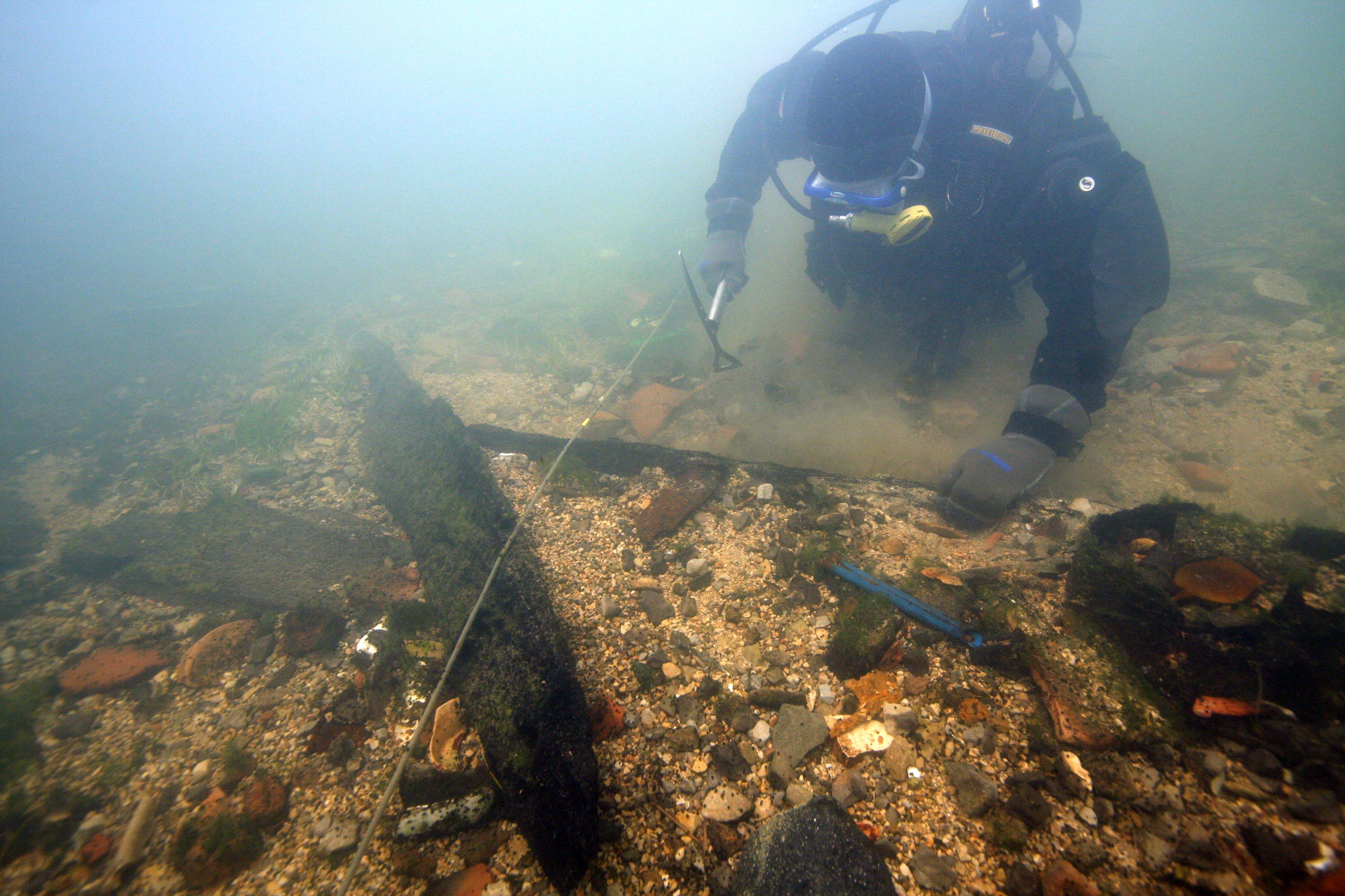 Izvajanje podvodnih arheoloških raziskav na Verdu pri Vrhniki