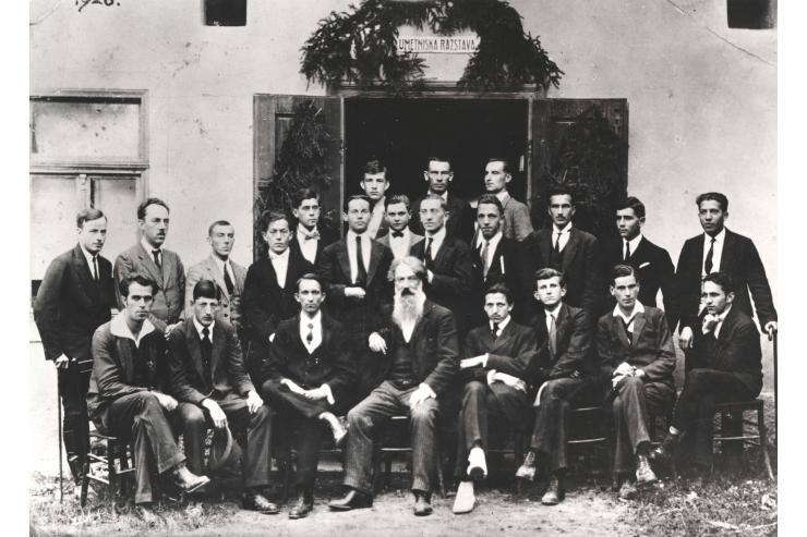 1. Pokrajinska umetniška razstava v Novem mestu leta 1920 (ob odprtju). Foto: Gvido Dolenc.