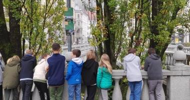 Projekt OŠ Riharda Jakopiča iz Ljubljane: Spoznavamo, varujemo, ohranjamo: Hoja po ljubljanskih ulicah