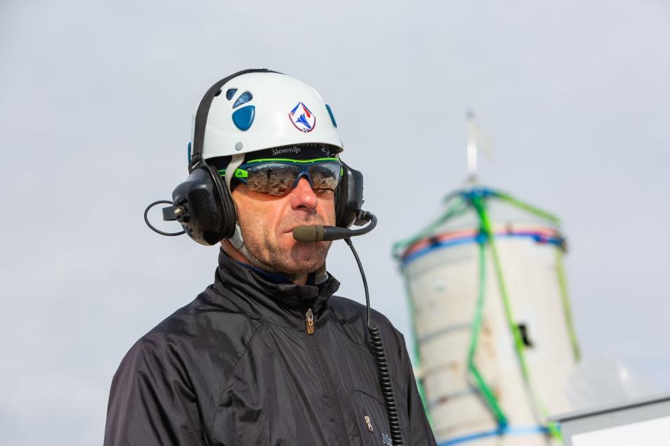 Komunikacija s pilotom helikopterja (foto:Vizualist)