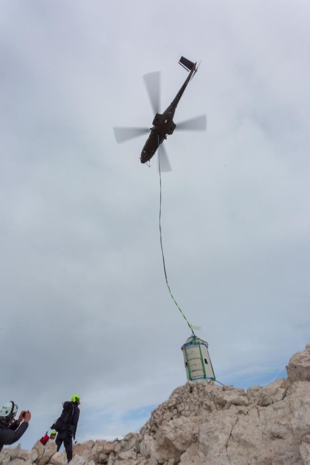 Dvig stolpa (foto:Vizualist)