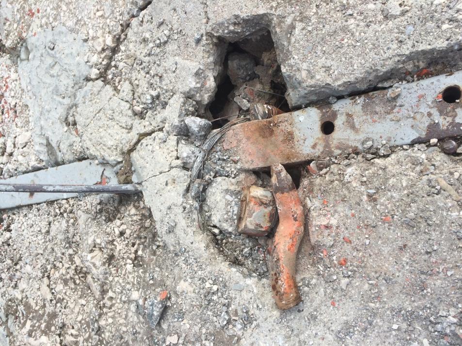V globini odlomljeno sidro (foto:Gorazd Lemajič)